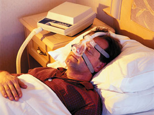 Treatment for sleep apnea by using a ventilator. [CREDIT: LARS POULSEN]