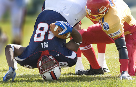 Athletes who play on despite suffering a concussion put themselves at increased risk for a second one. [Credit: Atle Brunvoll]