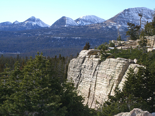 Oil under the Rockies, like the Utah's Uinta mountains pictured, could be an ecological time bomb. [credit: radven, flikr.com]