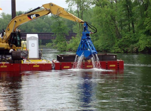 Hudson cleanup struggles with 'clean'