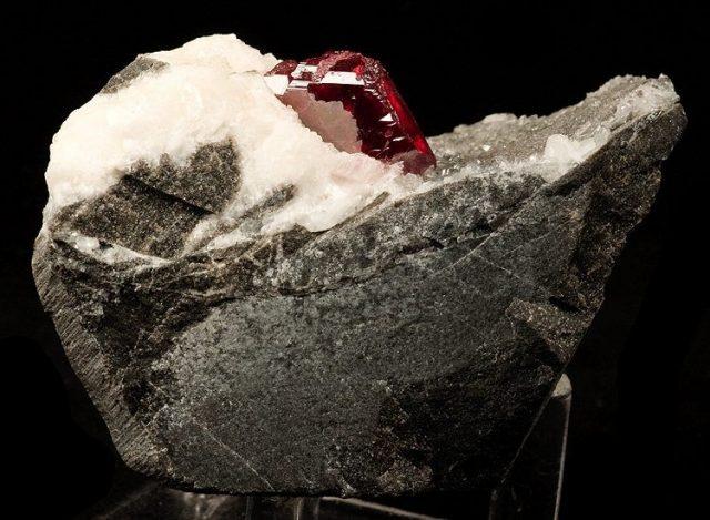 Mineral Monday: Cinnabar
