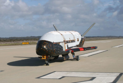 Secret space plane lands in California