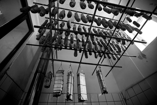 Traditionally made salami curing in Italy. [Image credit: Kelly Hau | CC BY 2.0]