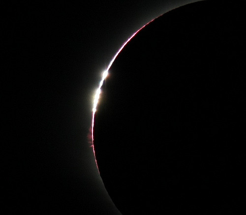 A close-up of Baily's beads during a total solar eclipse. [Image Credit: Flickr/James West | CC BY-NC-ND 2.0]